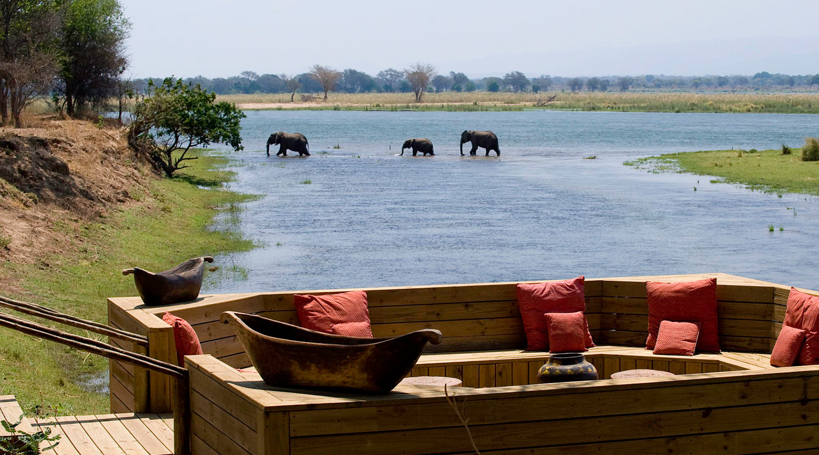 © Wilderness Safaris   Rukomechi Camp, Zimbabwe