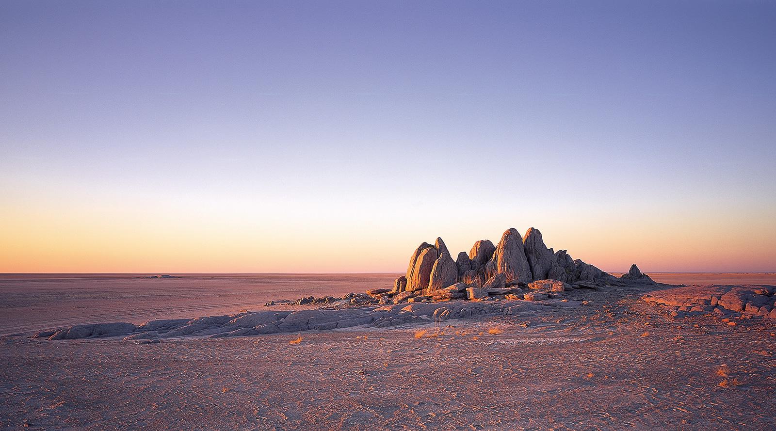 © Image courtesy of Uncharted Africa Safari co. | Kubu Island, Makgadikgadi Pans National Park, Botswana